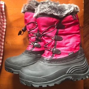Girls pink Kamik Waterproof snow boots